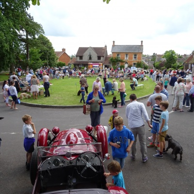 2016 07 02  St Andrew 39 s Fete On The Green