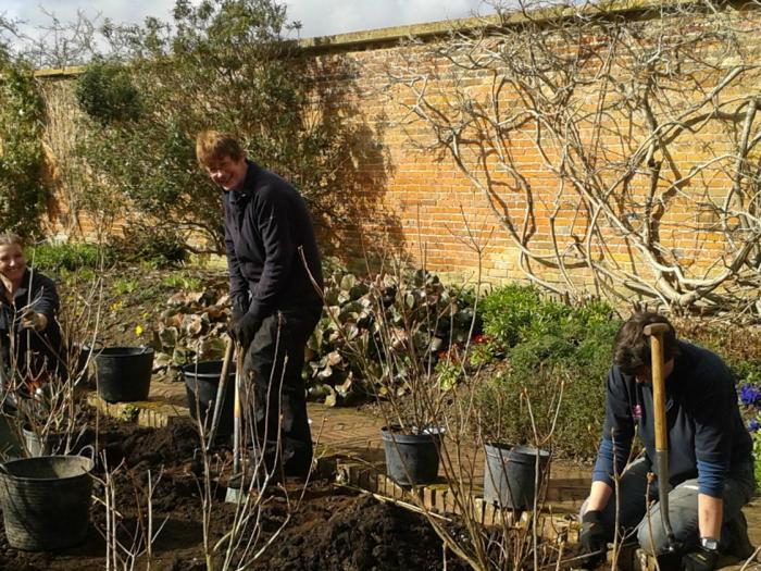 barrington gardeners & vols