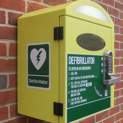 Defibrillator-box-outside-Chandlers-Ford-Methodist-Church