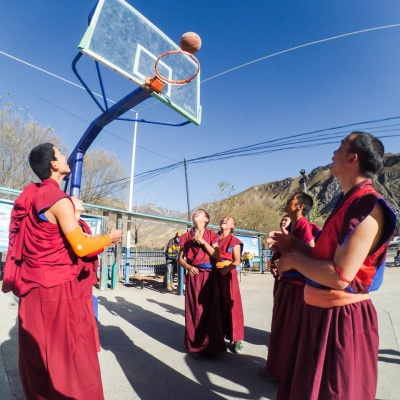 Ed Pratt Hooping with the Monks