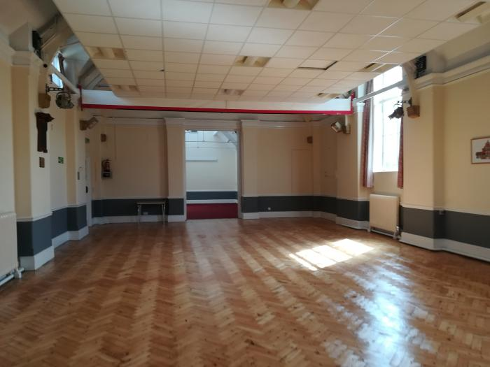 Main hall through to Chatham room