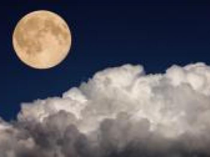 penumbral full-moon